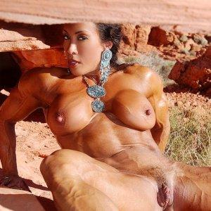 Bodybuilderin_5205